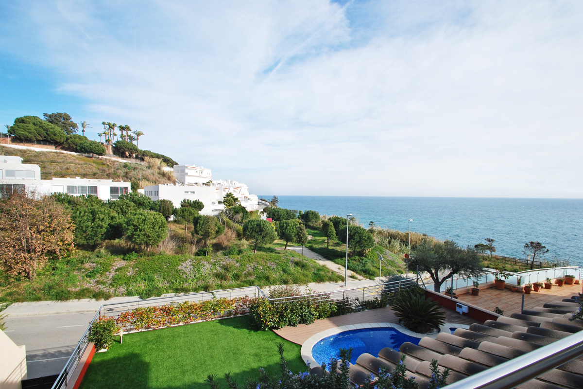 Einfamilienhaus für Verkauf beim Great new mediterranean villa in Sant Pol Sant Pol De Mar, Barcelona, 08395 Spanien