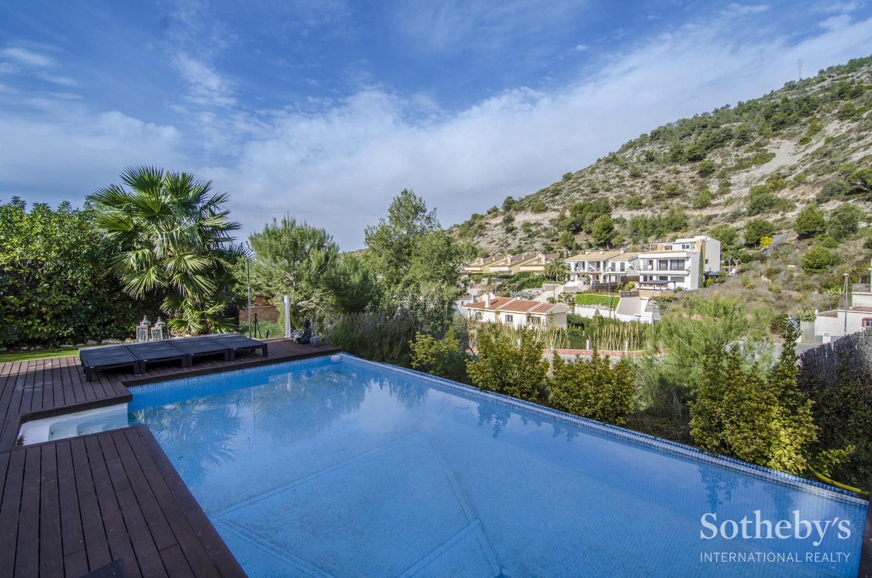 一戸建て のために 売買 アット Modern house in the urban development MontGavina, Sitges Sitges, Barcelona 08870 スペイン
