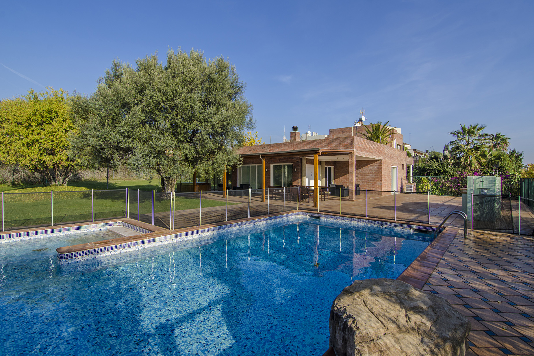 sales property at Spectacular House in Pedralbes