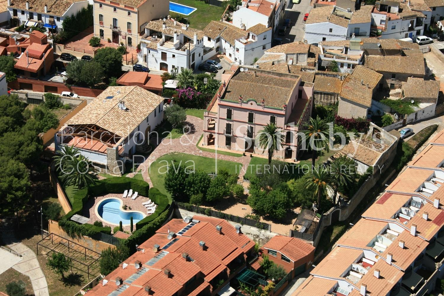 一戸建て のために 売買 アット Spectacular Compound in Sant Pere de Ribas with a Historic Residence and Mod ... Other Cities Barcelona South Coast, Barcelona 08921 スペイン