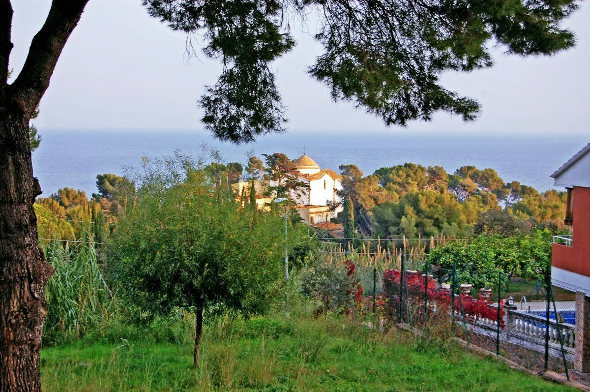Single Family Home for Sale at House close to the beach of Santa Cristina in Lloret de Mar Other Spain, Other Areas In Spain, 17300 Spain