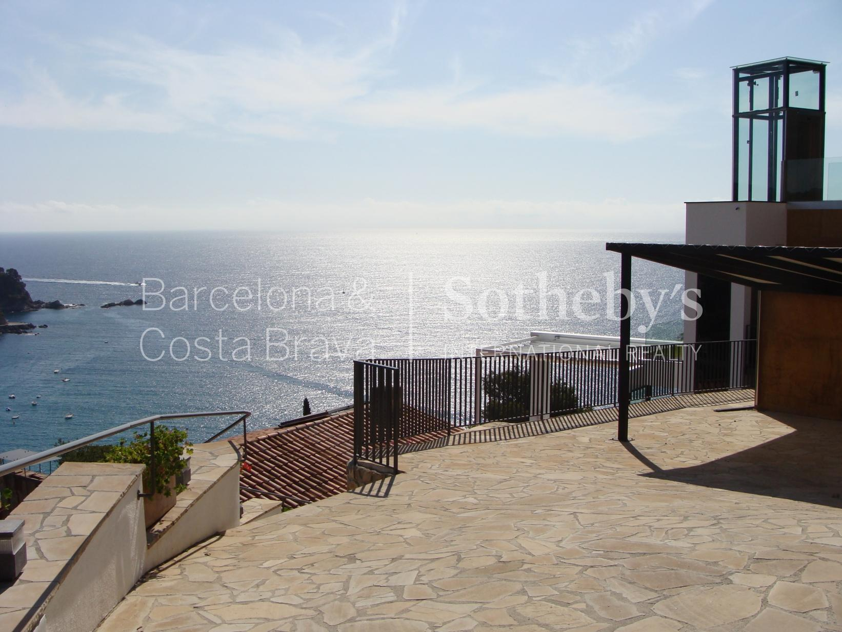 Property For Sale at Charming house with sea views