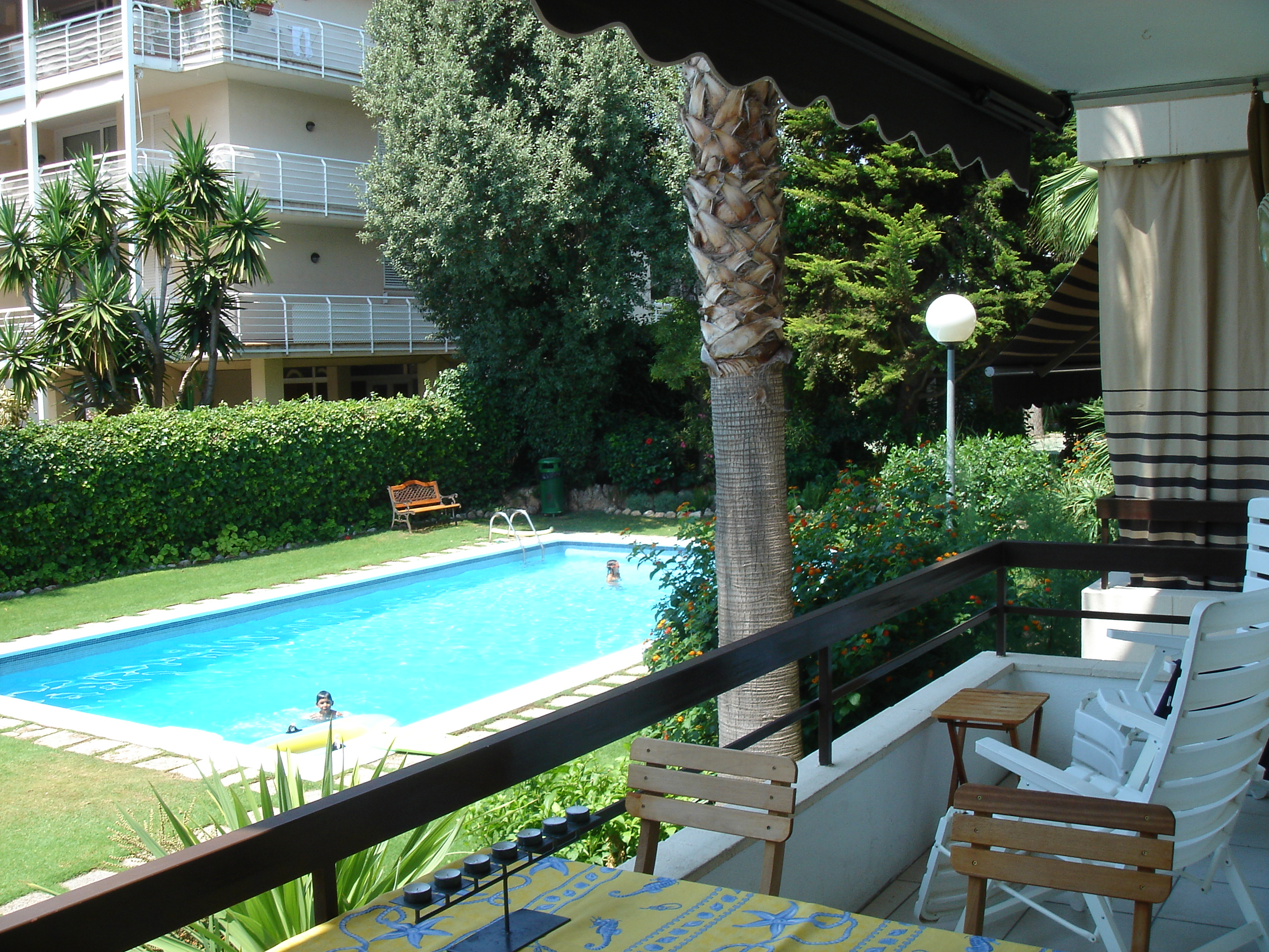 Appartement pour l Vente à Quiet, Close to the Sea and the Village Luxury Apartment Sitges, Barcelona, 08870 Espagne