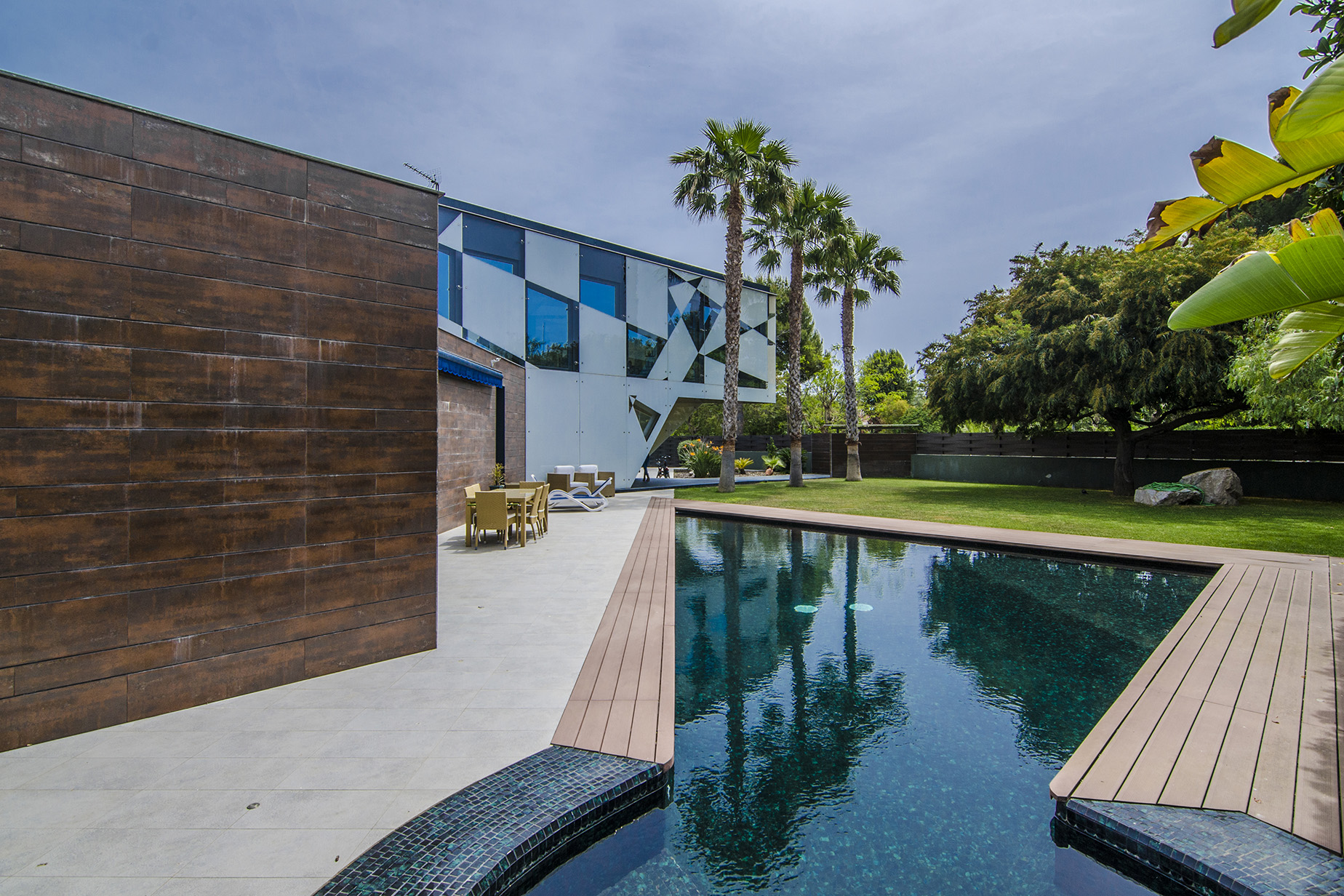 一戸建て のために 売買 アット Contemporary Villa Two Steps from the Beach in Sitges Sitges, Barcelona, 08870 スペイン