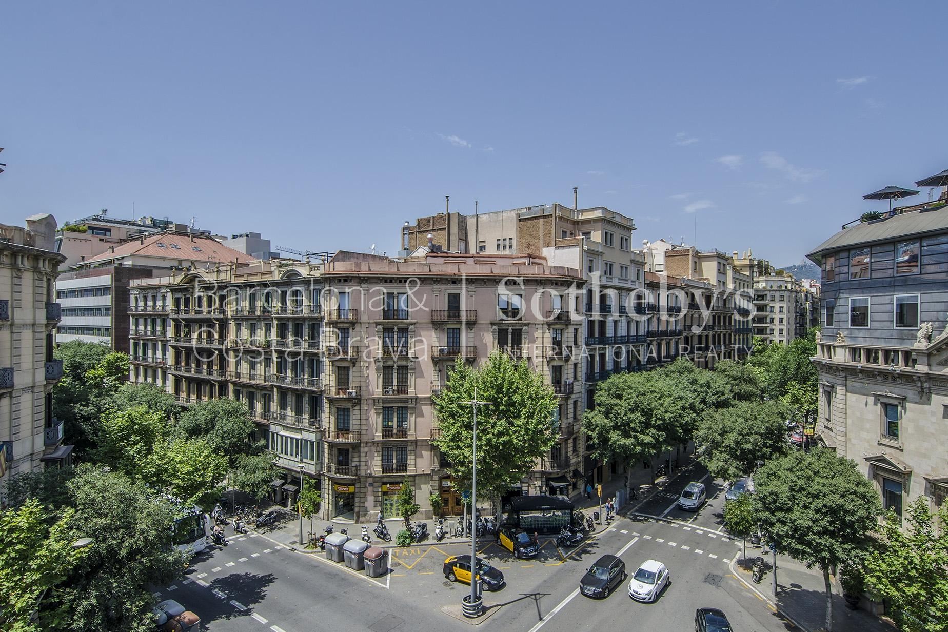 公寓 為 出售 在 Magnificent Flat Only a Few Steps from Paseo de Gracia Eixample, Barcelona City, Barcelona 08007 西班牙