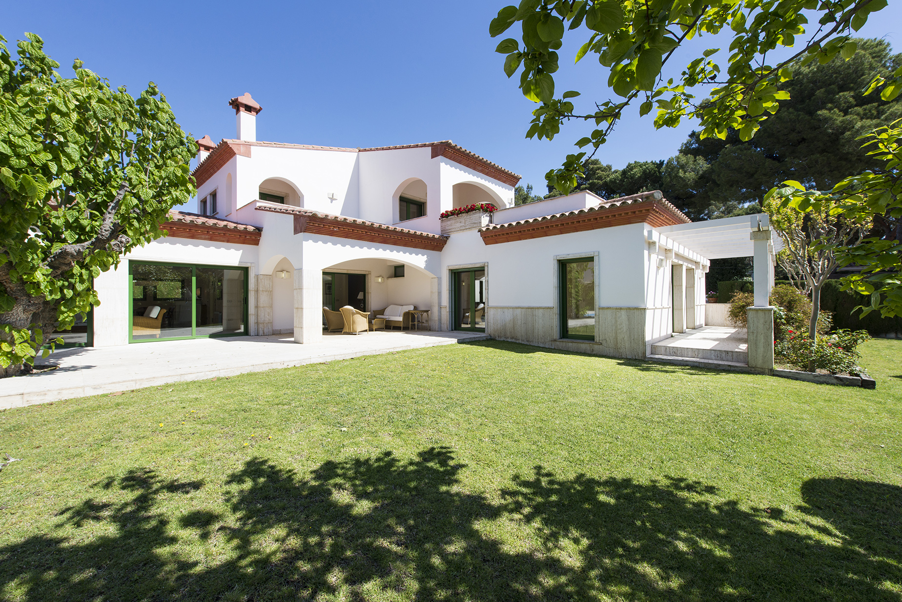 Single Family Home for Sale at Casa en privada urbanización La Gavina a 400 metros de la playa S'Agaro, Costa Brava, 17248 Spain