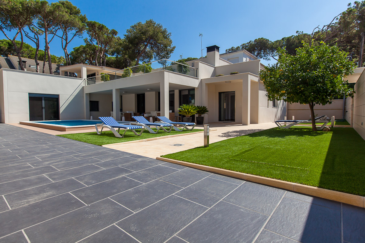Single Family Home for Sale at Beautiful villa 200 m from the beach in Castelldefels Castelldefels, Barcelona, 08866 Spain
