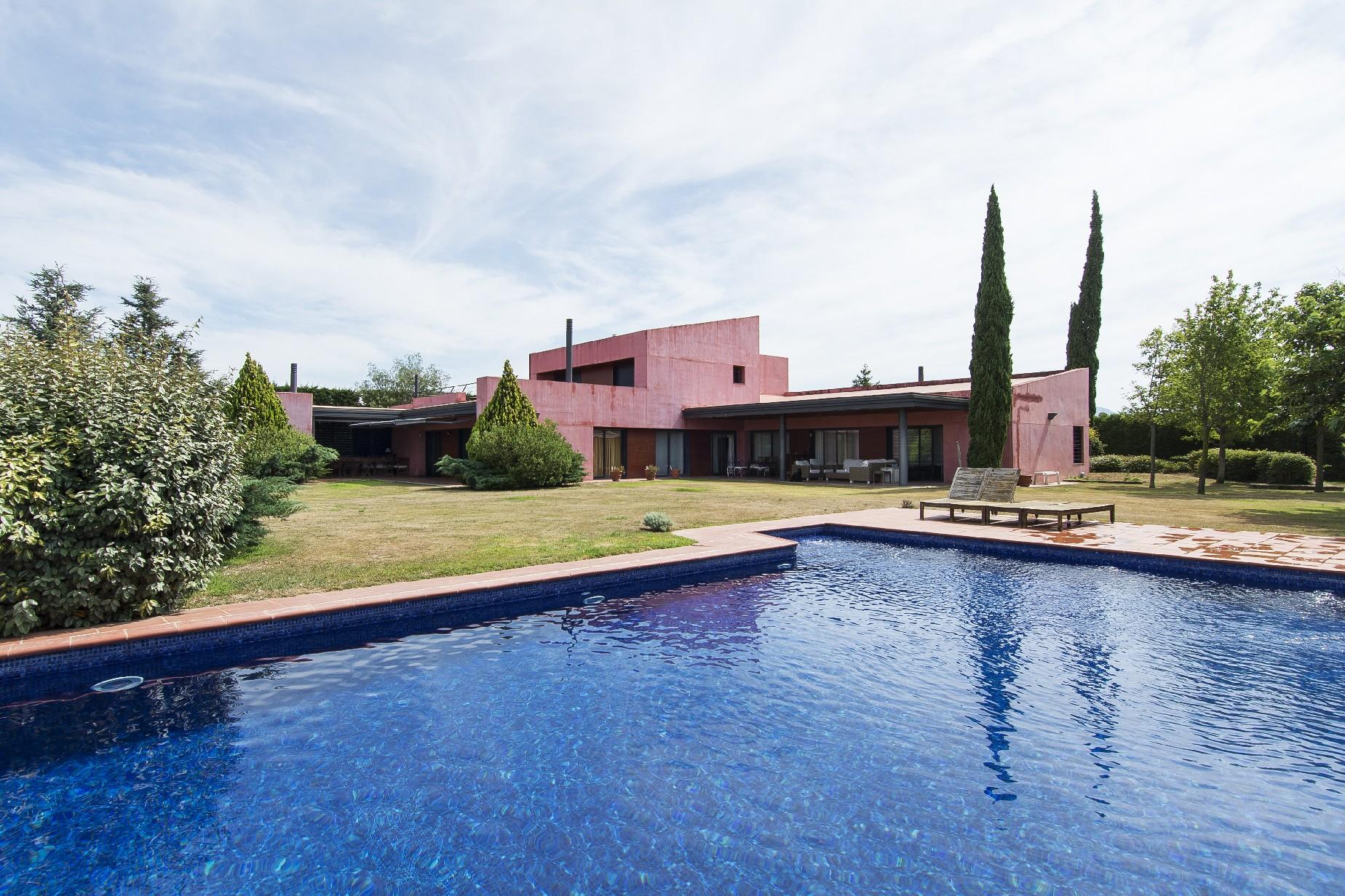 Nhà ở một gia đình vì Bán tại Beautiful villa in Club de Golf Peralada Other Cities Alt Emporda, Barcelona, 17600 Tây Ban Nha