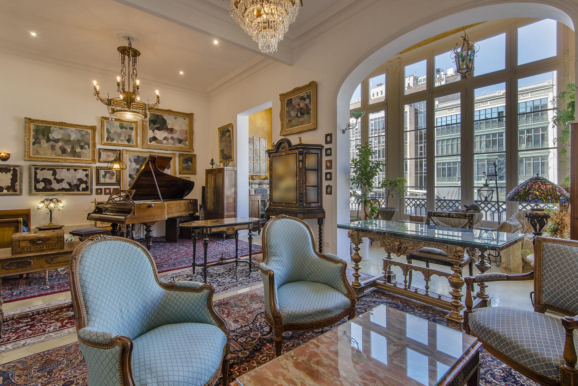 Appartamento per Vendita alle ore Exquisite Renovated Apartment in a Classic Building in L'Eixample Dret, Barc ... Eixample, Barcelona City, Barcellona, 08007 Spagna