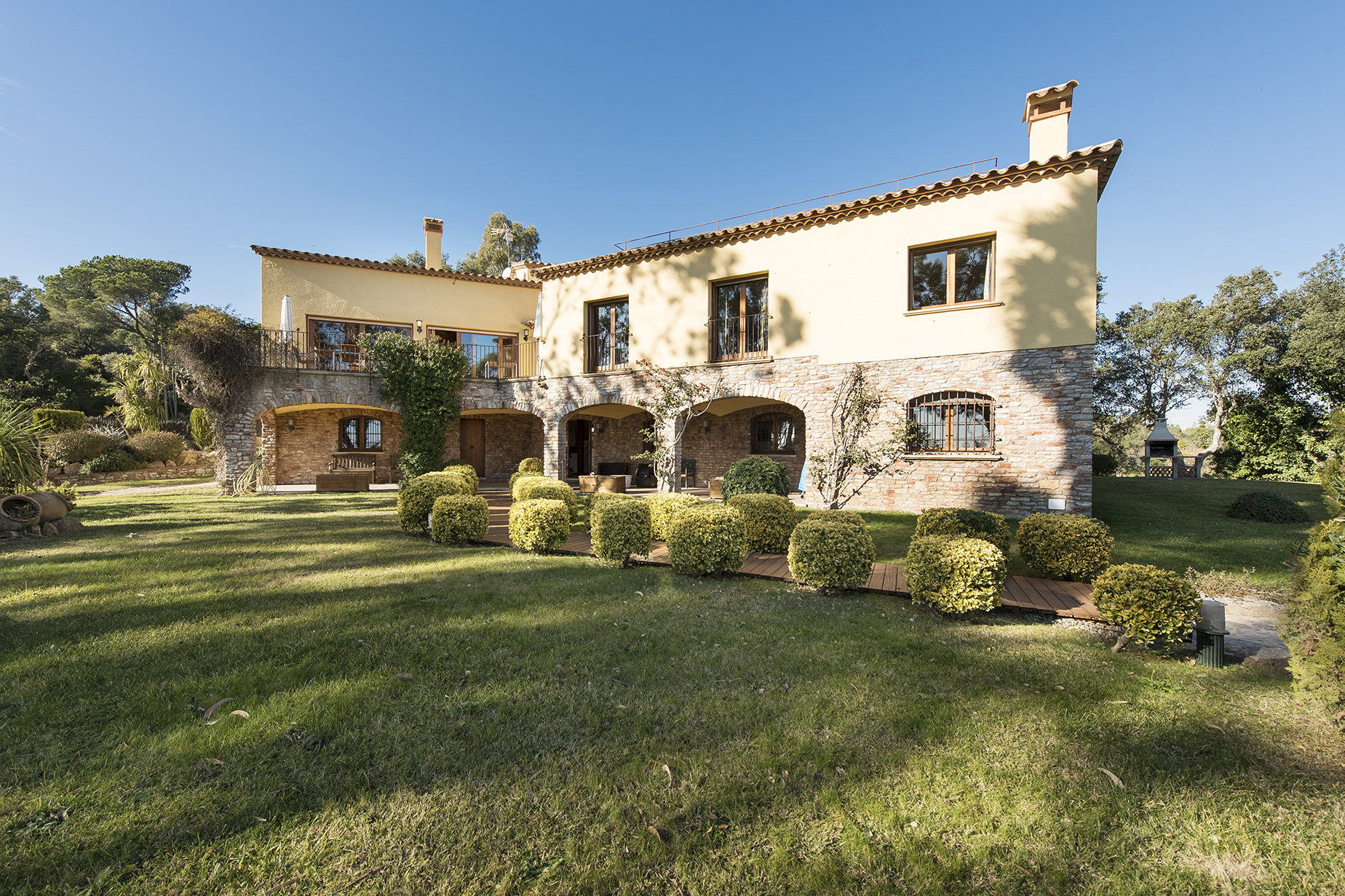 Single Family Home for Sale at Beautiful house with large plot and sea views Playa De Aro, Costa Brava, 17250 Spain