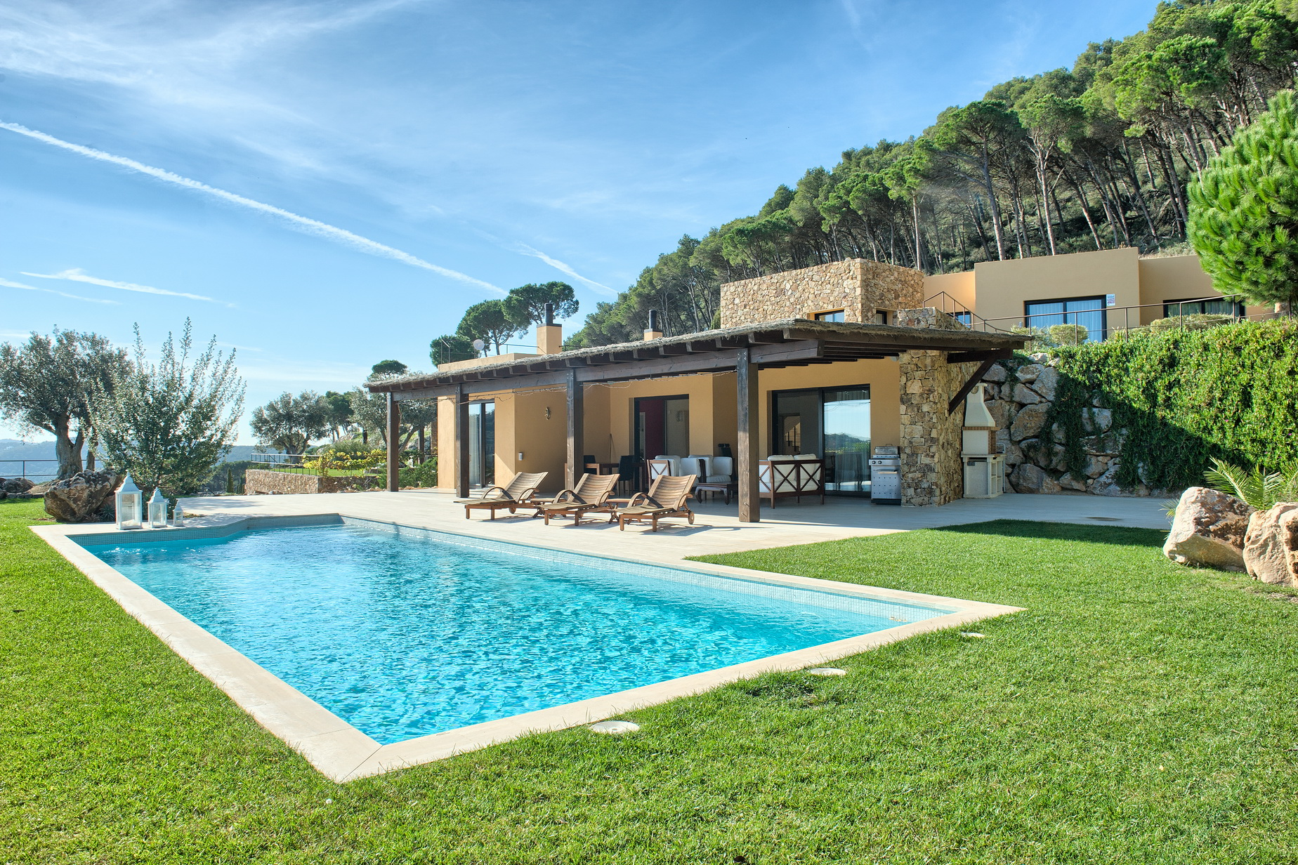 Vivienda unifamiliar por un Venta en Luxury villa for sale with beautiful views to the sea in Aiguablava, Begur Begur, Costa Brava 17255 España