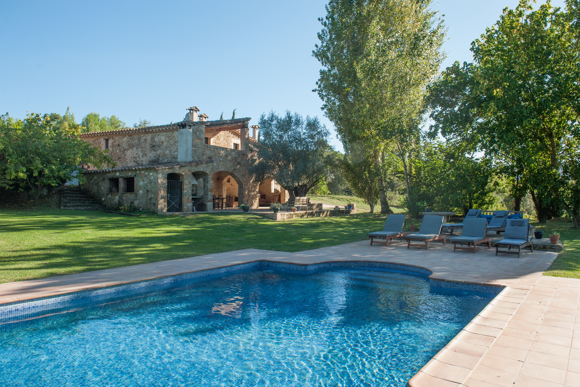 Property For Sale at Wonderful rural house a few minutes from Girona