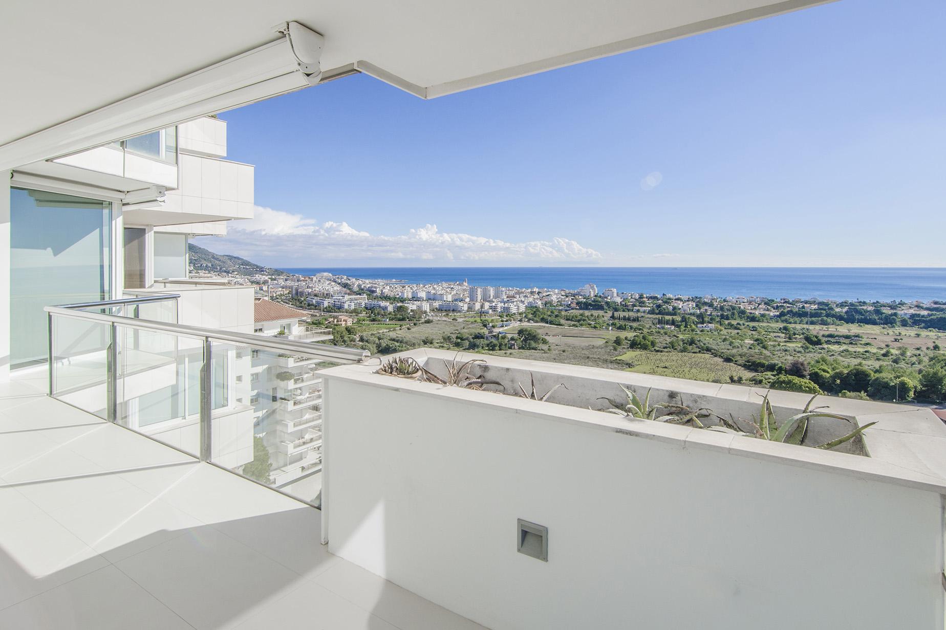 Apartamento para Venda às Stunning Apartment with Views to Sitges Sitges, Barcelona, 08870 Espanha