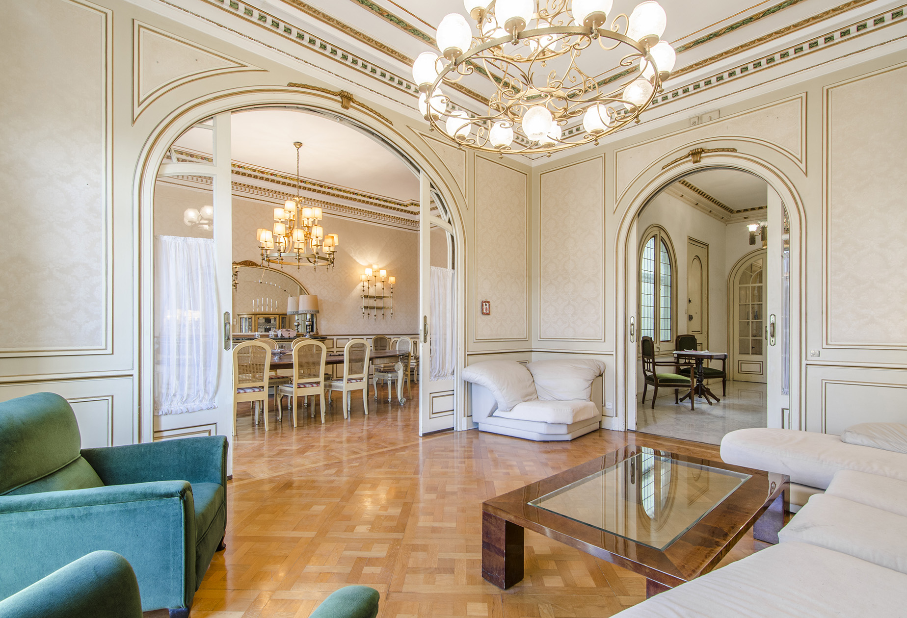 Apartment for Sale at Exclusive Apartment in the Heart of Barcelona Eixample, Barcelona City, Barcelona, 08007 Spain