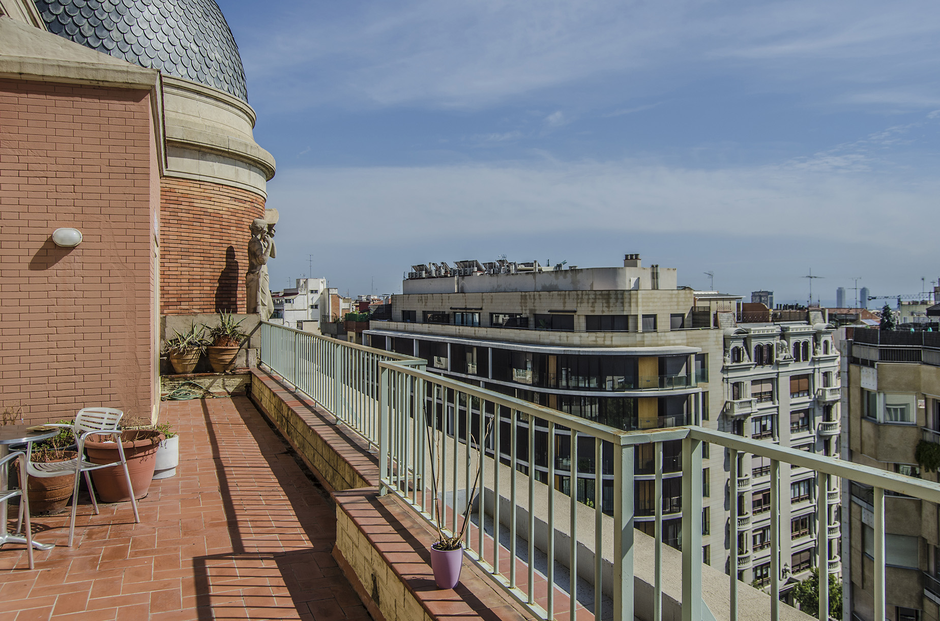 公寓 為 出售 在 Impressive Duplex Penthouse with Terraces and Excellent Views Zona Alta, Barcelona City, Barcelona, 08034 西班牙