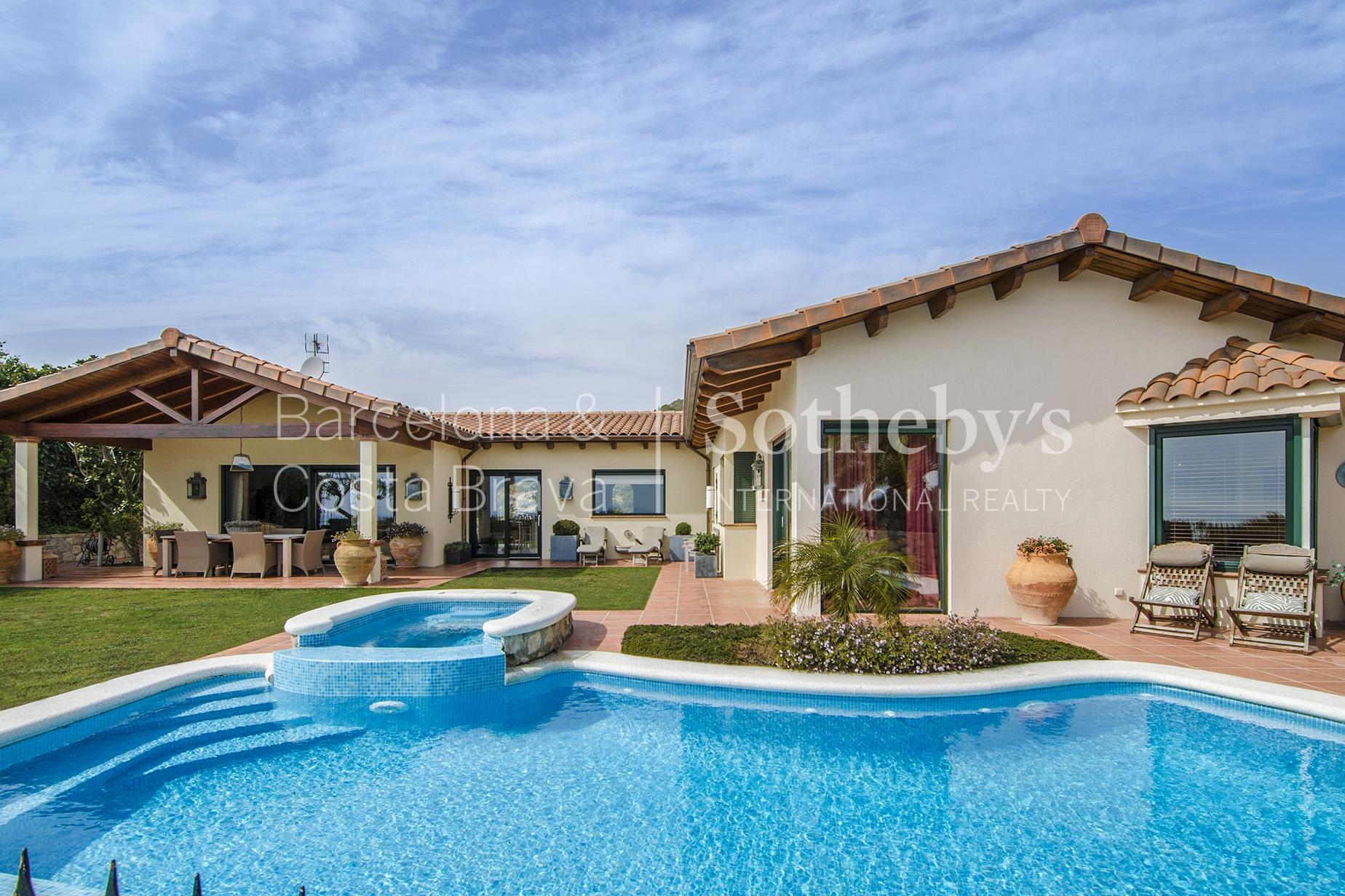Single Family Home for Sale at Exquisite Californian Style House Sitges, Barcelona 08870 Spain