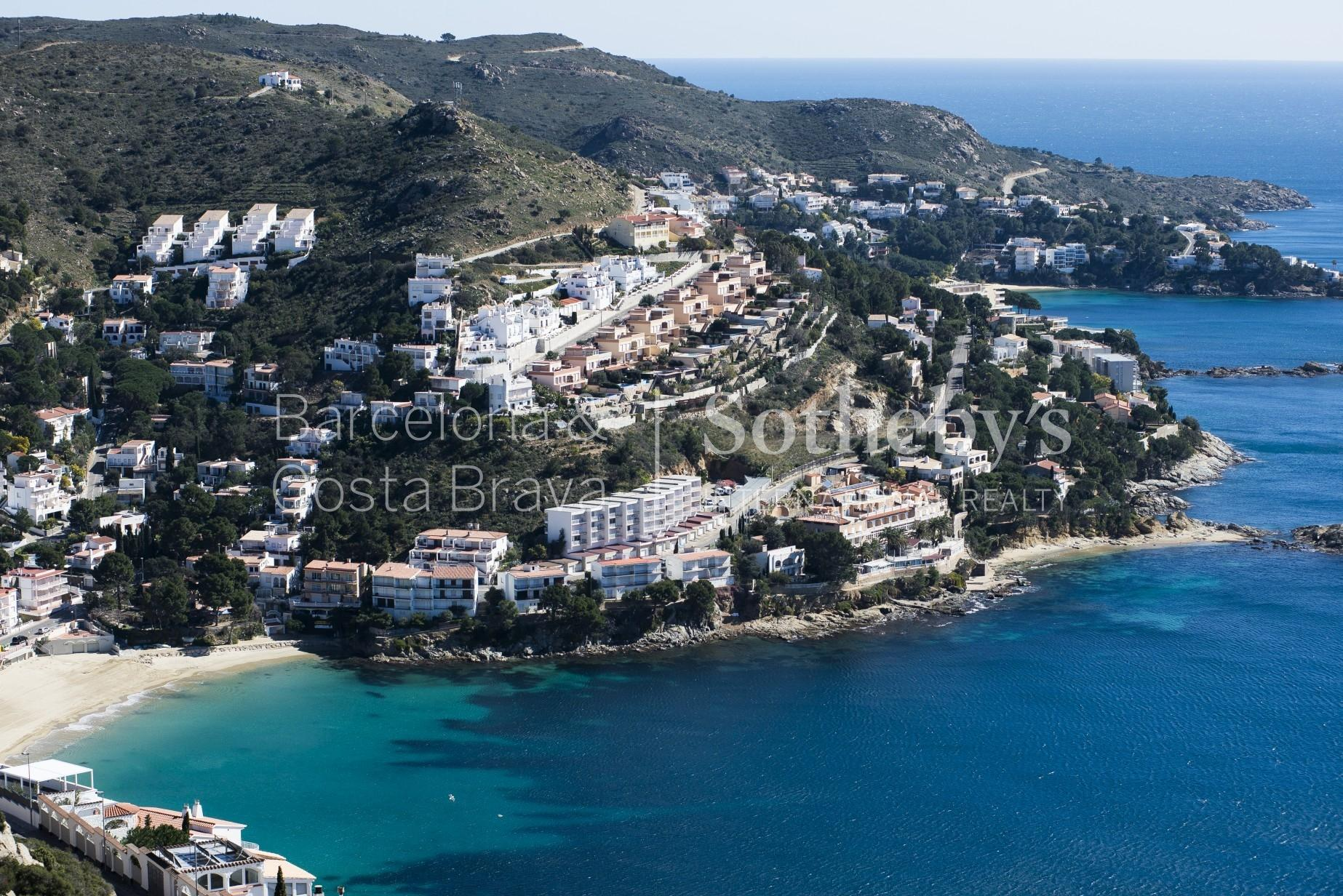 Apartment for Sale at New construction duplex with sea views near beach Roses, Costa Brava 17480 Spain