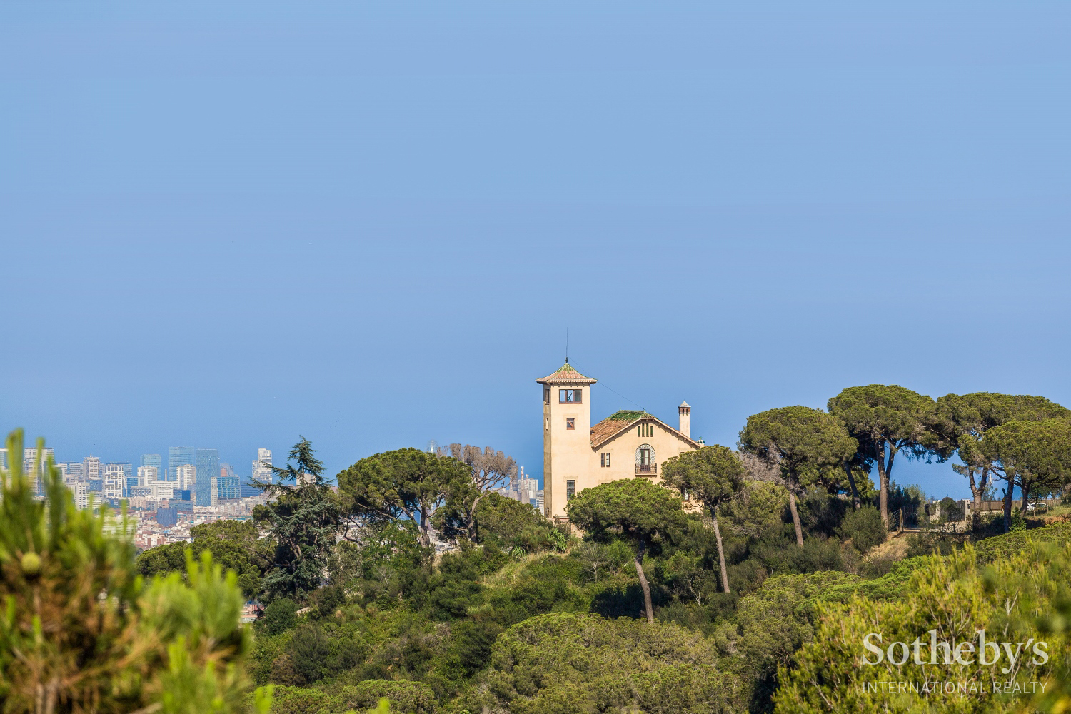 獨棟家庭住宅 為 出售 在 Iconic Villa Overlooking Barcelona and the Mediterranean Sea Zona Alta, Barcelona City, Barcelona 08034 西班牙