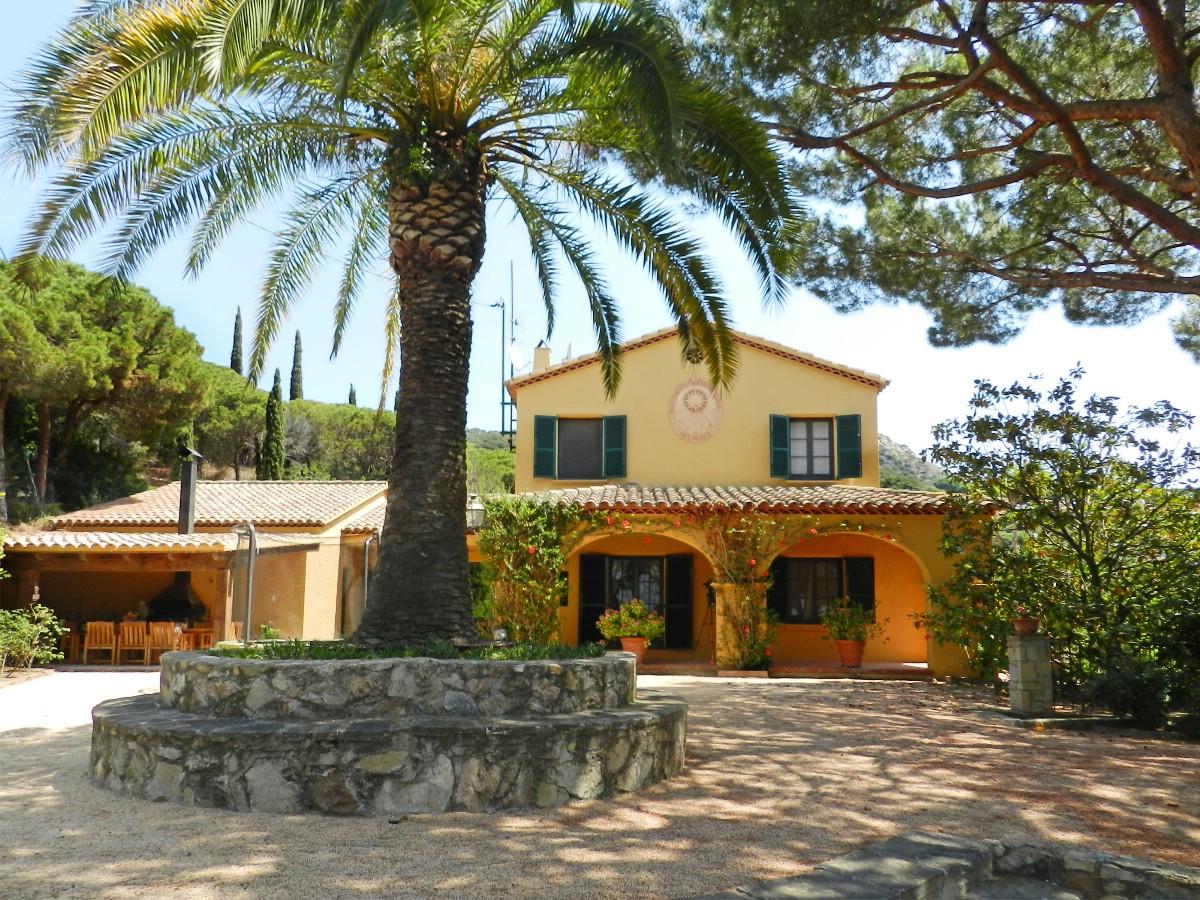 단독 가정 주택 용 매매 에 Mediterranean house on the coast of Barcelona Cabrils, Barcelona 08348 스페인
