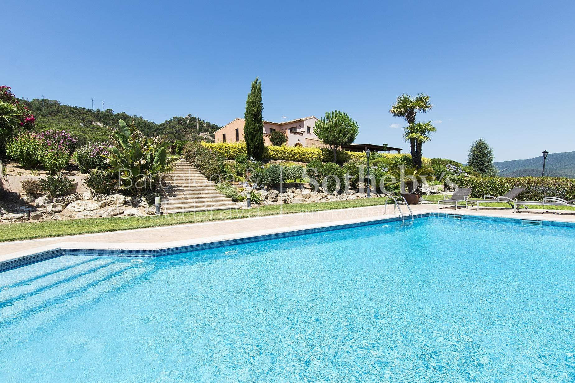 Property For Sale at Masia with amazing views