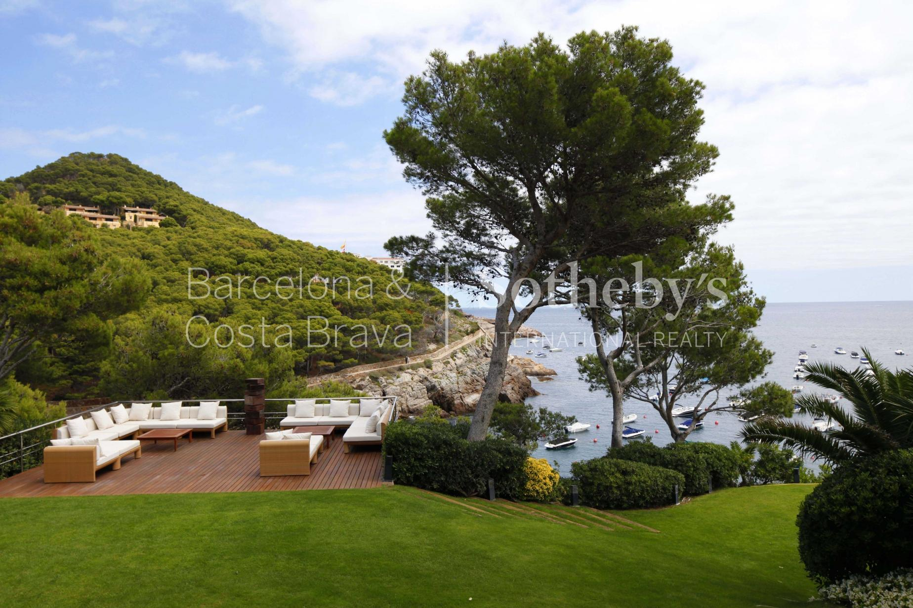 Property For Sale at Exclusive sea front property for sale in Begur