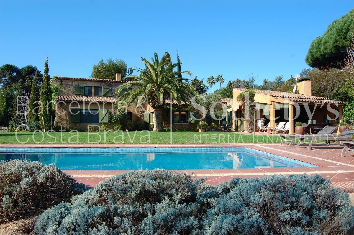 Single Family Home for Sale at Villa with breathtaking sea views in exclusive residential area Other Spain, Other Areas In Spain 17300 Spain