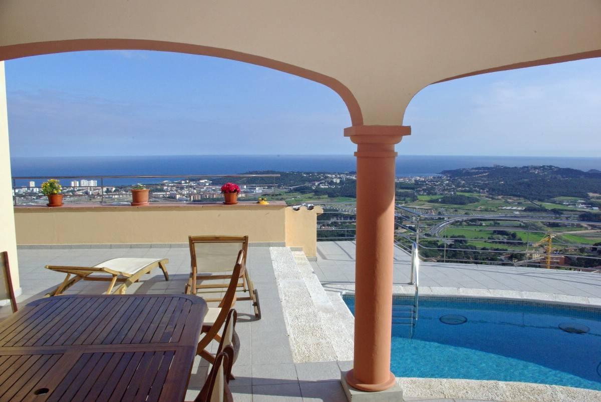 Maison unifamiliale pour l Vente à Exceptional villa with fantastic sea views over Playa de Aro Playa De Aro, Costa Brava, 17250 Espagne