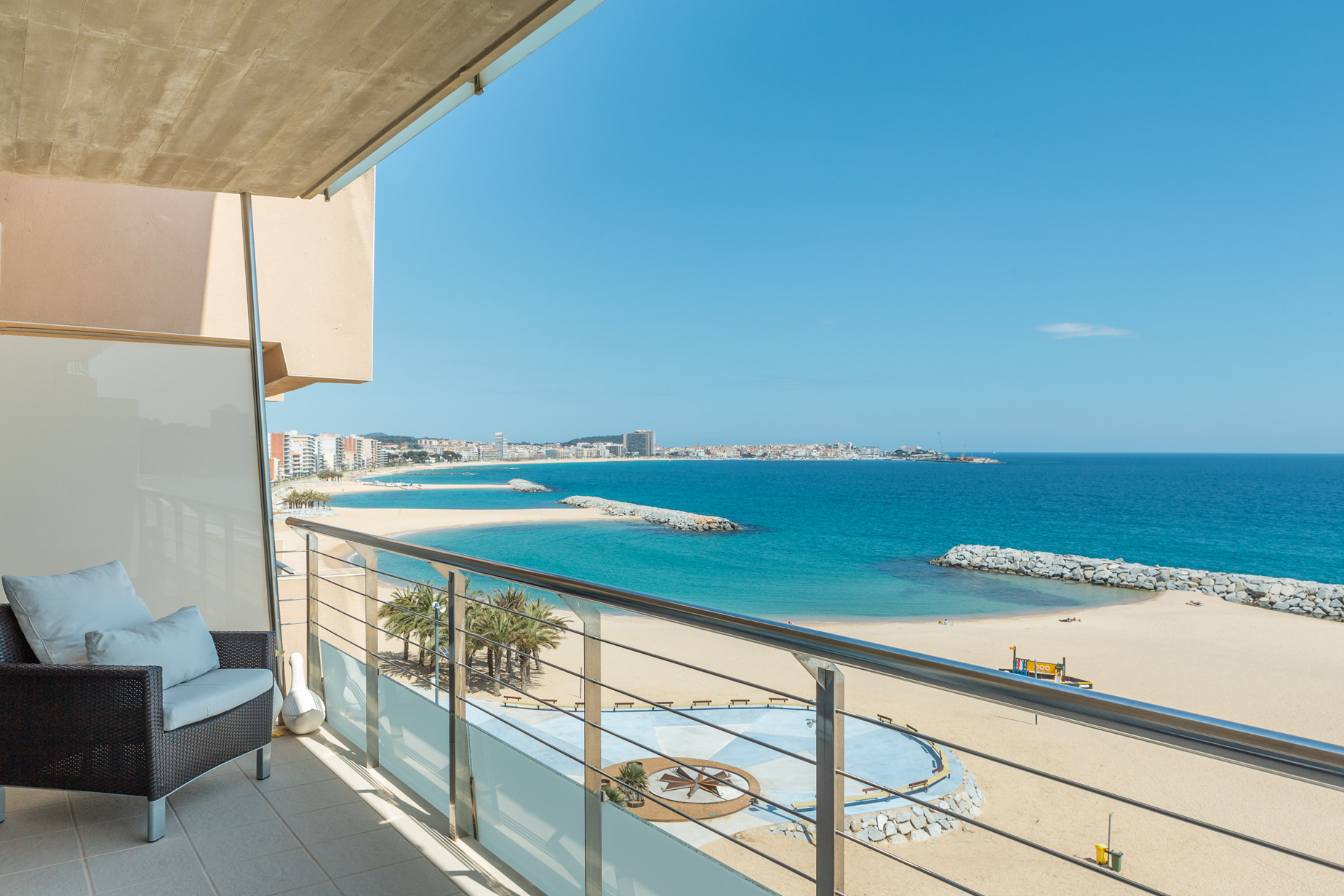Apartment for Sale at Seafront apartment with stunning sea views Sant Antoni De Calonge, Costa Brava 17252 Spain