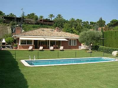 Single Family Home for Sale at Wonderful house in Maresme Sant Andreu De Llavaneres, Barcelona, 08392 Spain