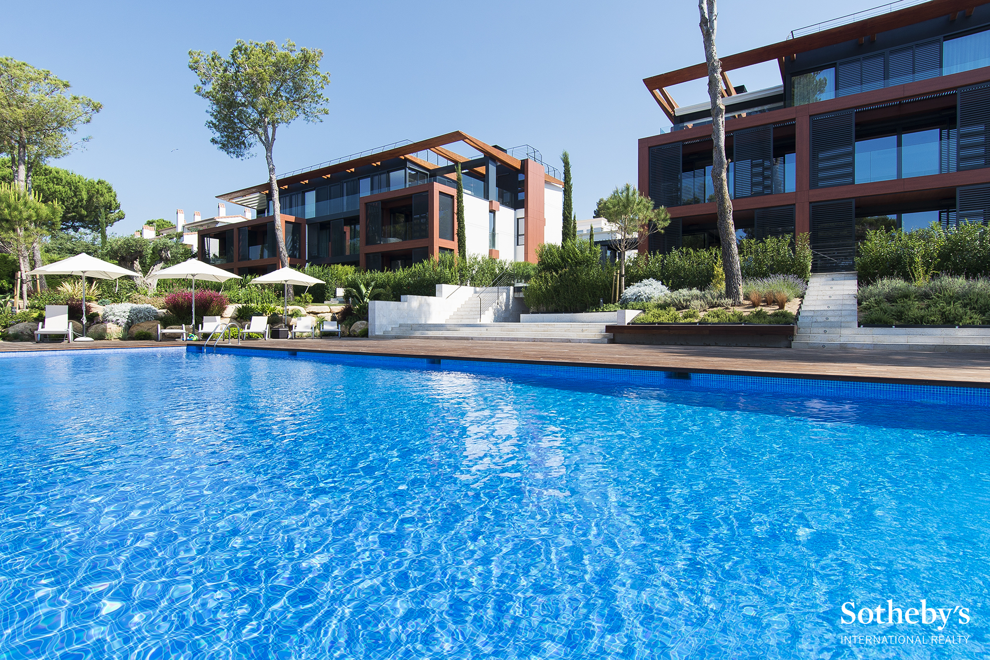 Apartment for Sale at Exclusive penthouse of recent construction 300m from the beach Playa De Aro, Costa Brava, 17250 Spain