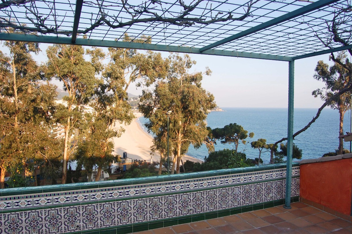 Single Family Home for Sale at Spacious seafront terraced house Lloret De Mar, Costa Brava 17310 Spain