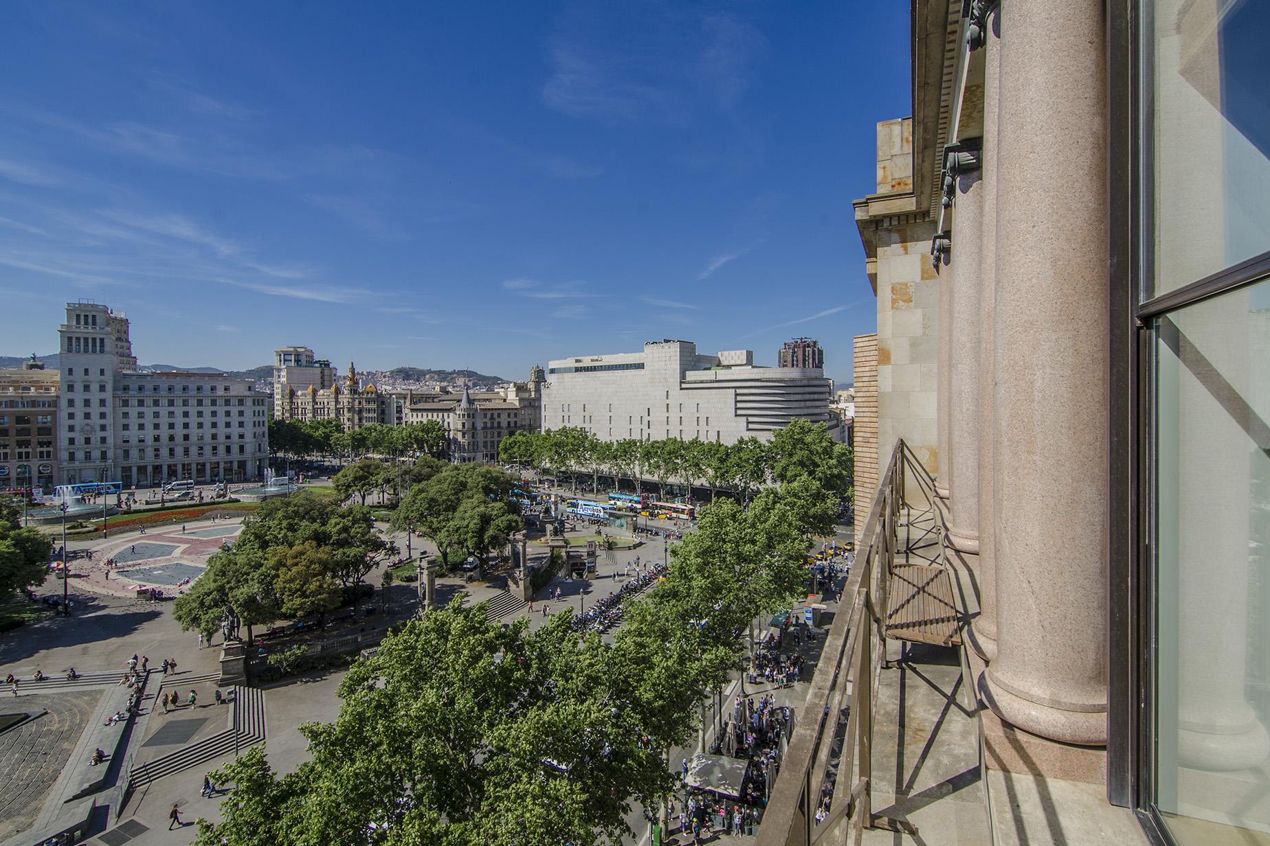 Appartement pour l Vente à Spectacular apartment on Plaza Catalunya, Barcelona Eixample, Barcelona City, Barcelona 08007 Espagne