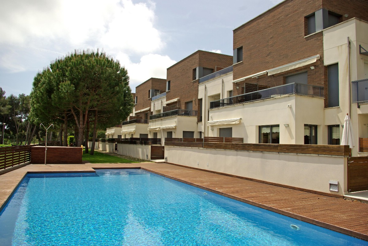 Apartment for Sale at Modern apartment in quiet area of S'Agaró S'Agaro, Costa Brava, 17248 Spain