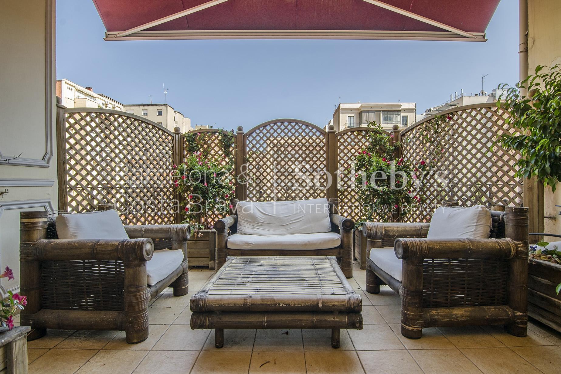Квартира для того Продажа на Stately Flat in Eixample Eixample, Barcelona City, Barcelona 08007 Испания