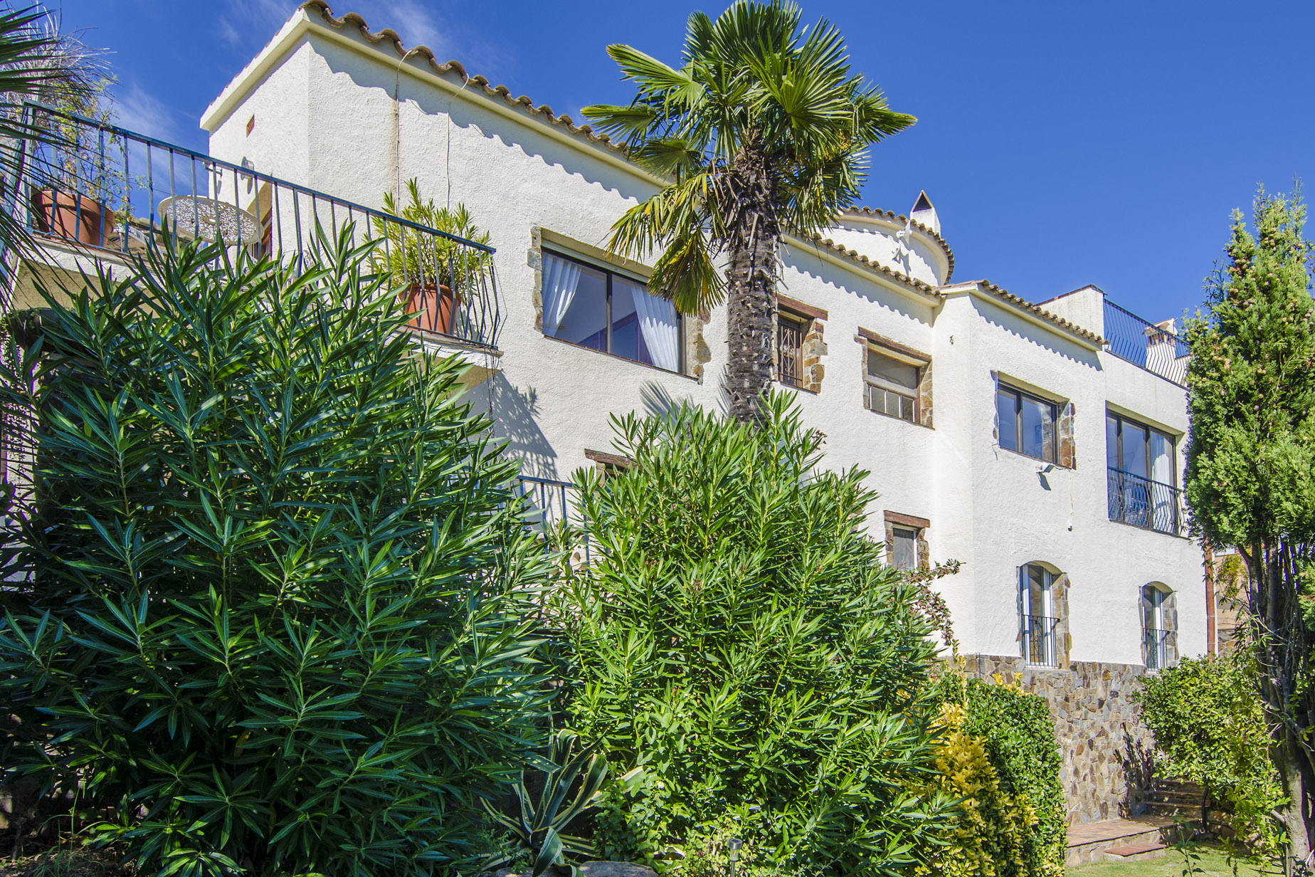 Single Family Home for Sale at House with sea and mountain views in quiet urbanization Sant Antoni De Calonge, Costa Brava 17252 Spain