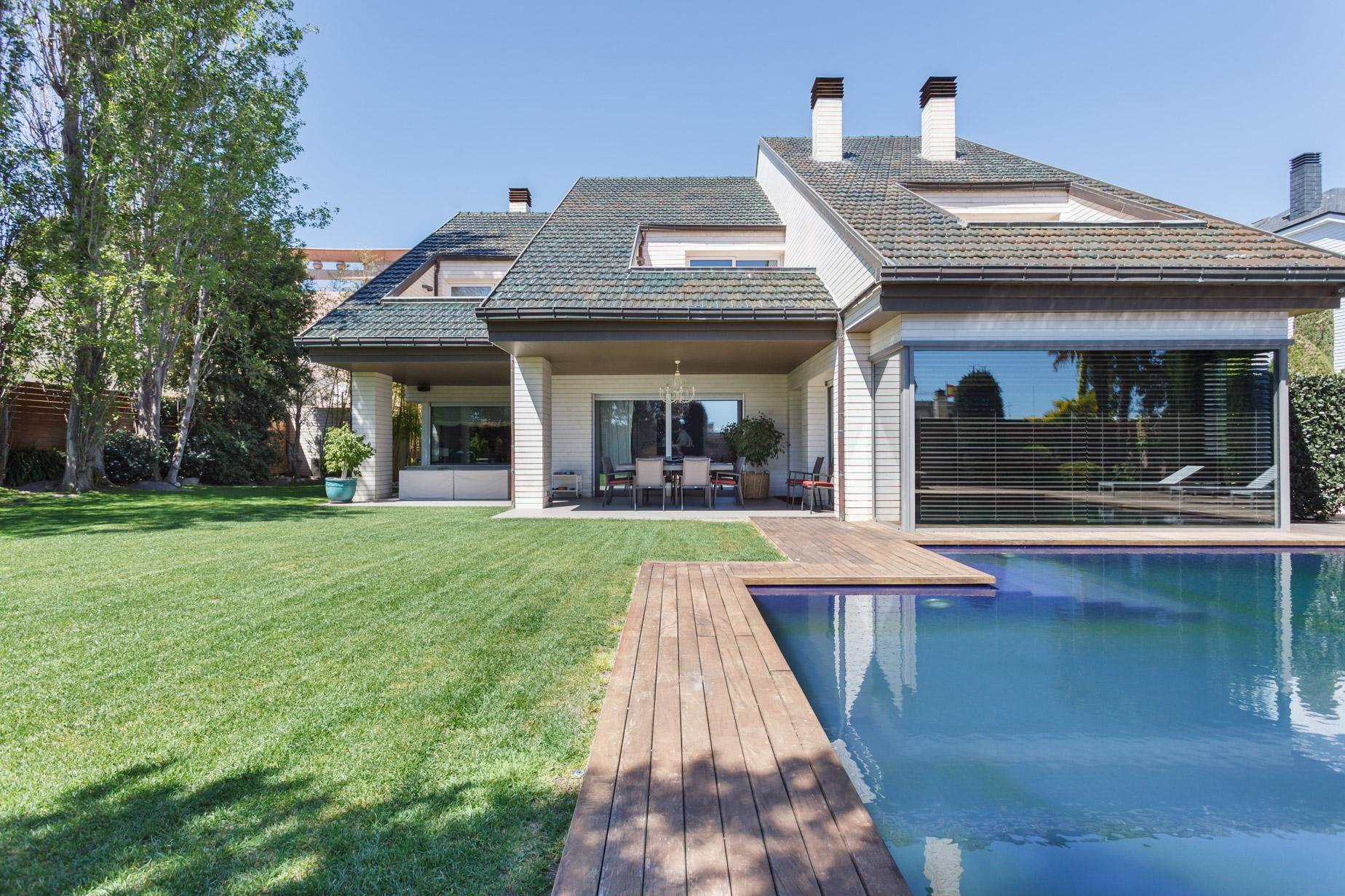 Частный односемейный дом для того Продажа на Exclusive Property in the Most Prestigious Area of Barcelona Zona Alta, Barcelona City, Barcelona, 08034 Испания
