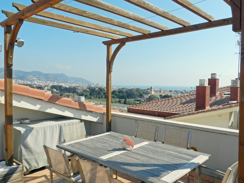 Appartement pour l Vente à Bright duplex penthouse with solarium terrace Sitges, Barcelona, 08870 Espagne