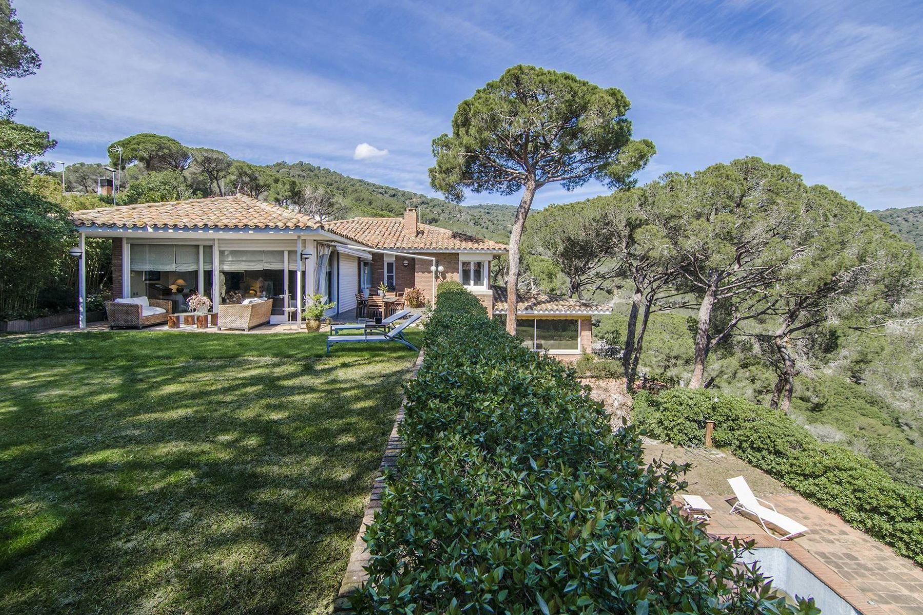 Casa Unifamiliar por un Venta en Tranquility and Sea Views in the Coastal Sierra Vilassar De Mar, Barcelona, 08340 España