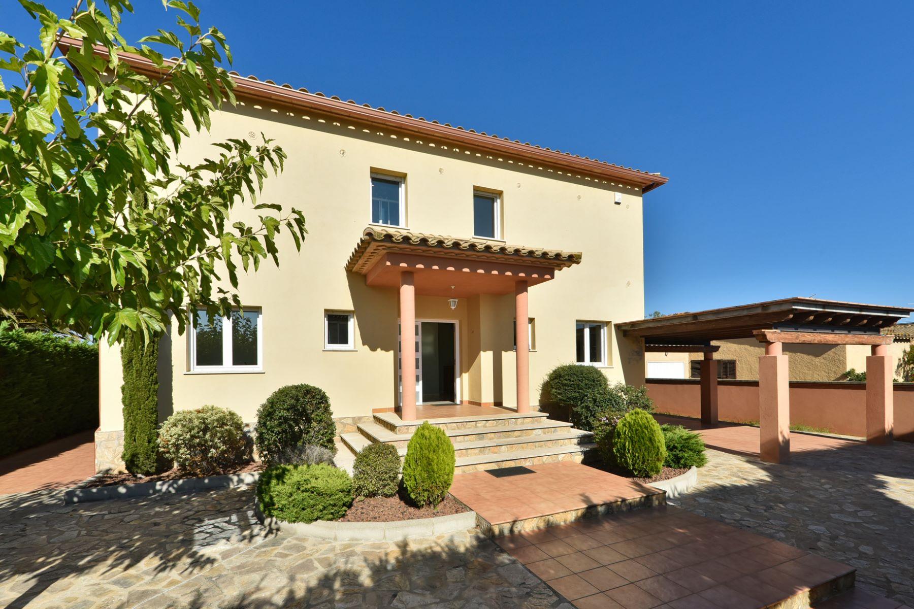 Casa Unifamiliar por un Venta en Beautiful house in a quiet and exclusive residential area L Escala, Costa Brava, 17130 España