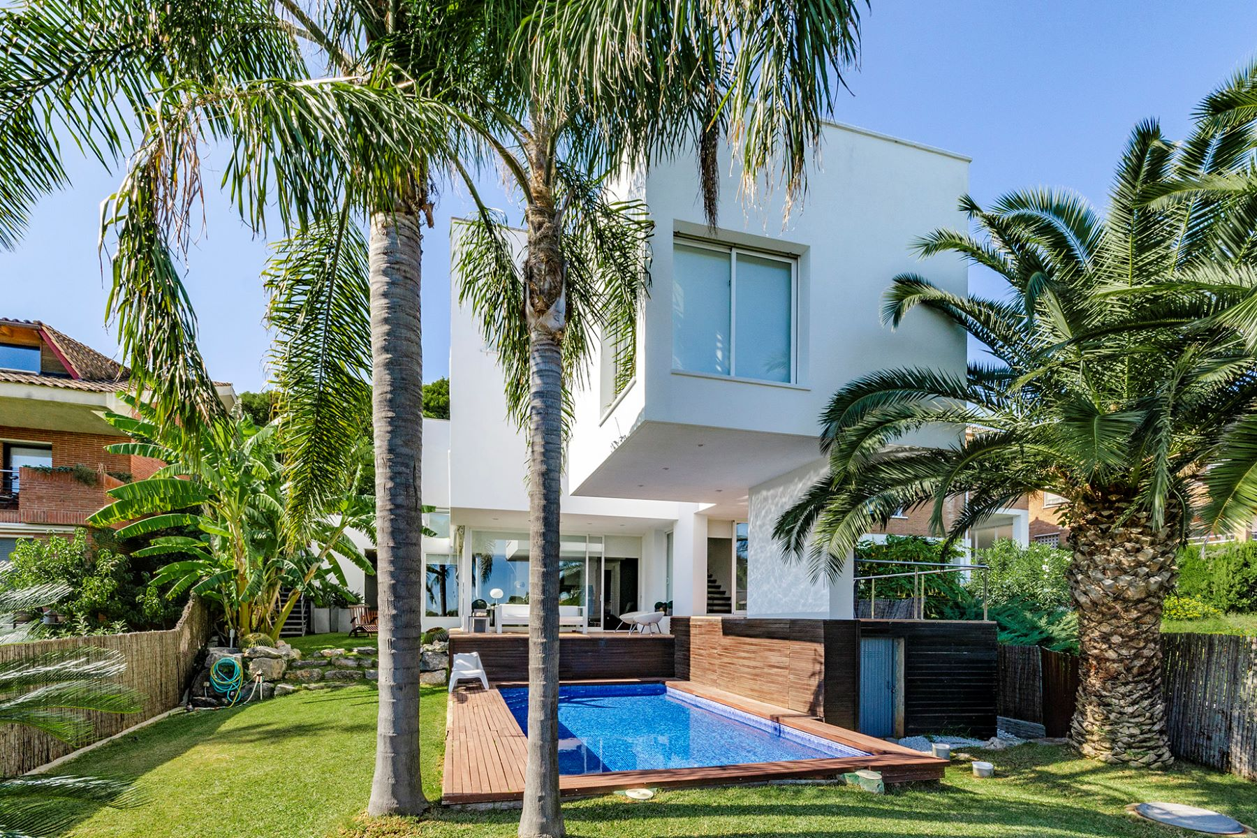 Single Family Home for Sale at Exclusive villa in residential area of Castelldefels Castelldefels, Barcelona 08866 Spain