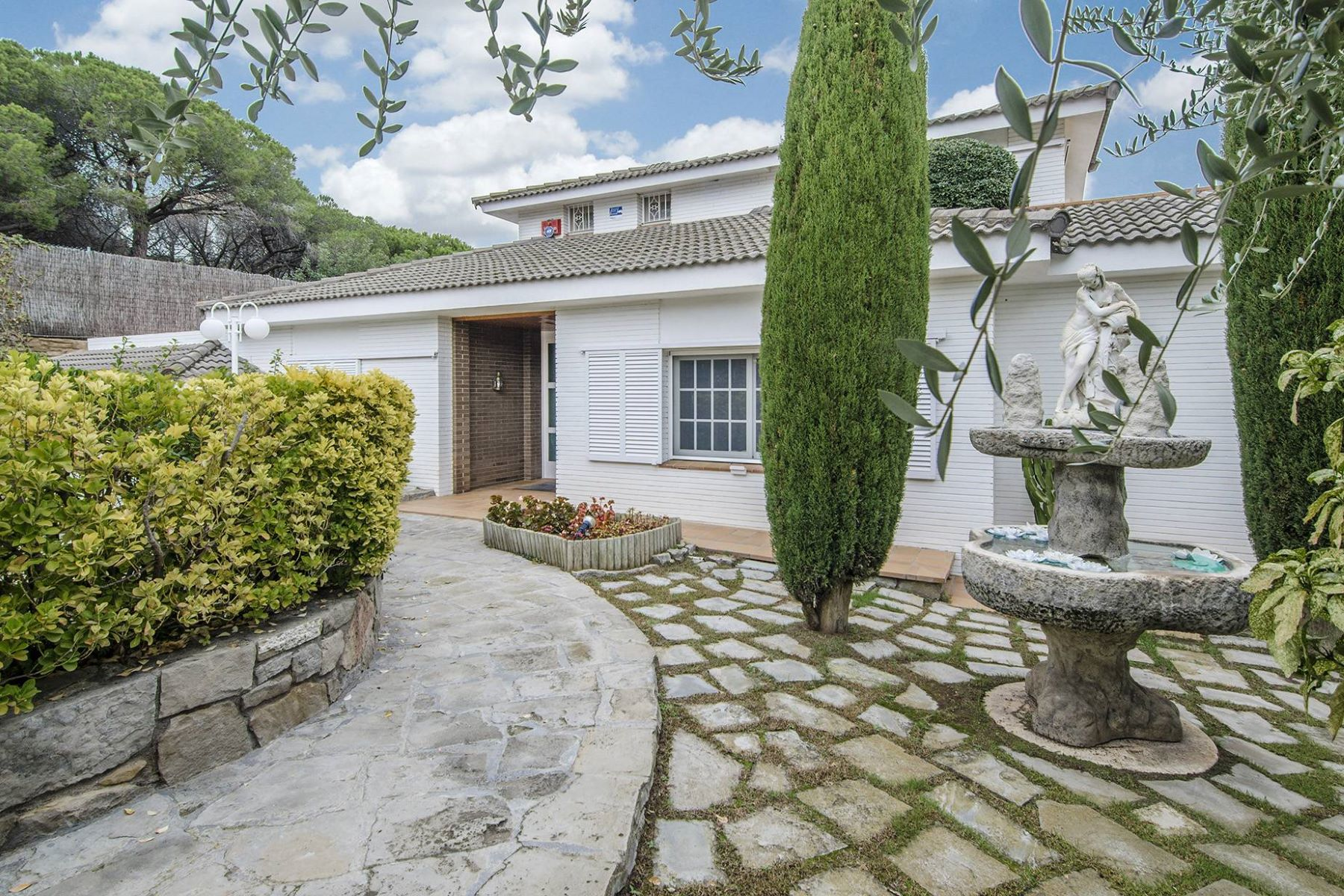 Single Family Home for Sale at A Luxury in Alella Next to the City Center Alella, Barcelona, 08328 Spain