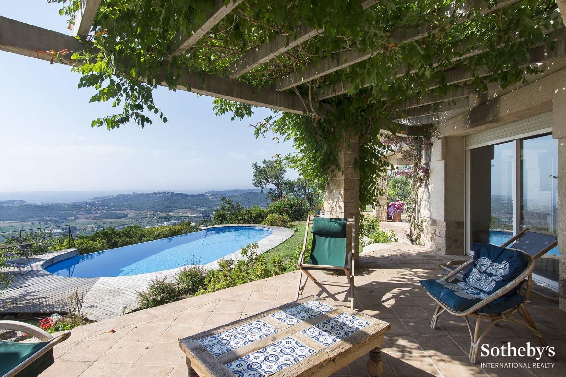 Vivienda unifamiliar por un Venta en Cosy villa with panoramic sea views Playa De Aro, Costa Brava, 17250 España