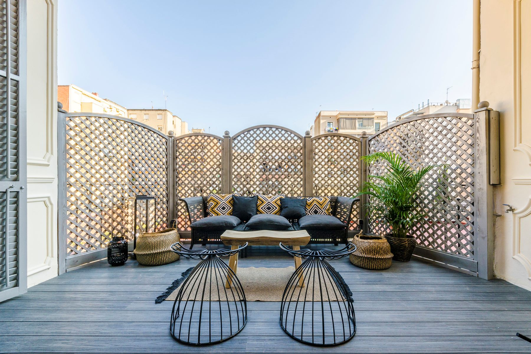 Apartment for Sale at Impeccable apartment with terrace in the Eixample Barcelona City, Barcelona, 08007 Spain