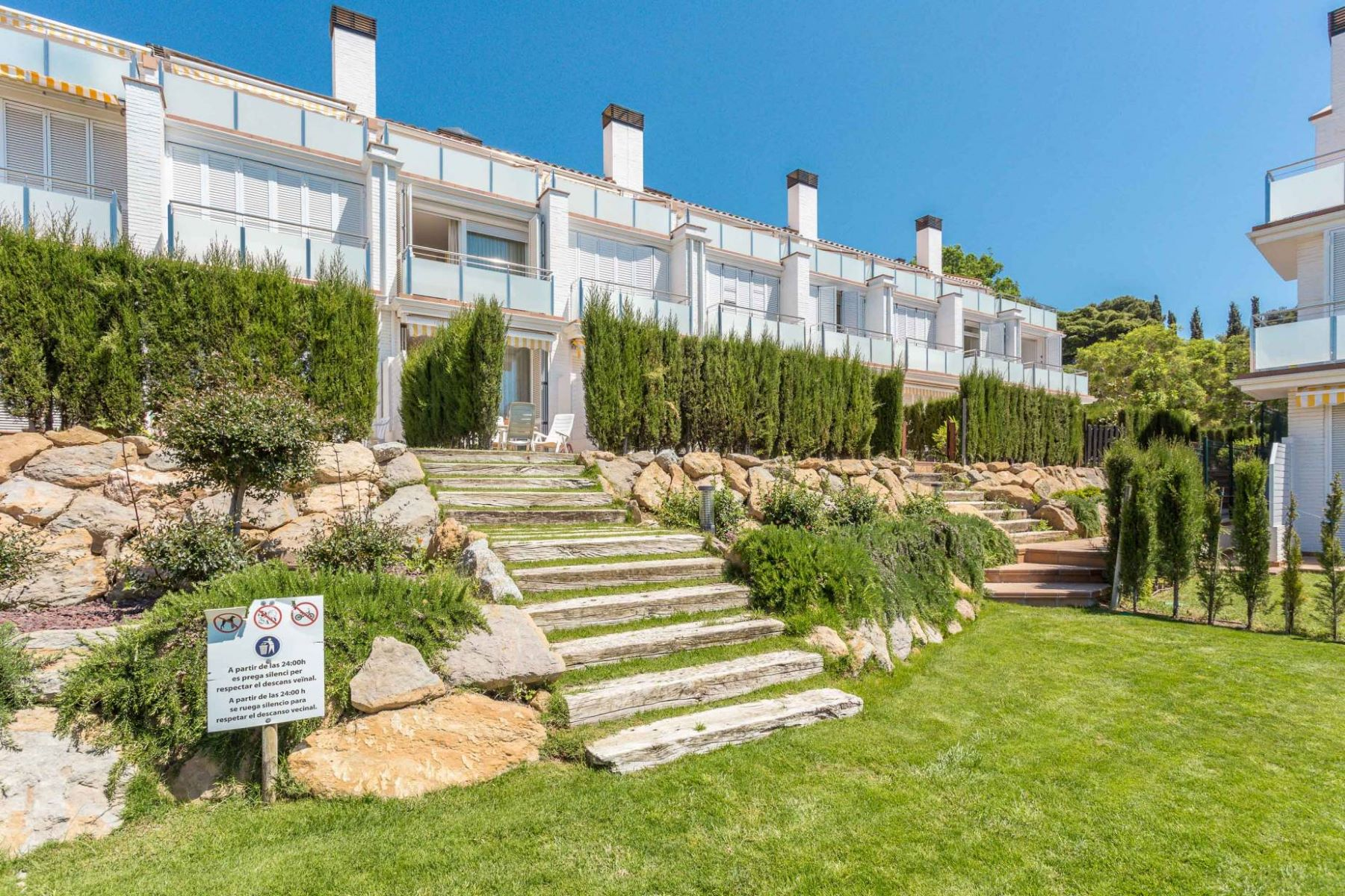 Single Family Home for Sale at Townhouse with sea views in S'Agaró S'Agaro, Costa Brava, 17248 Spain
