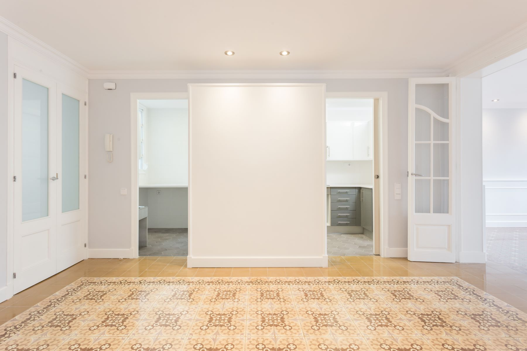 Apartment for Sale at Great apartment in the Right Eixample Barcelona City, Barcelona, 08007 Spain