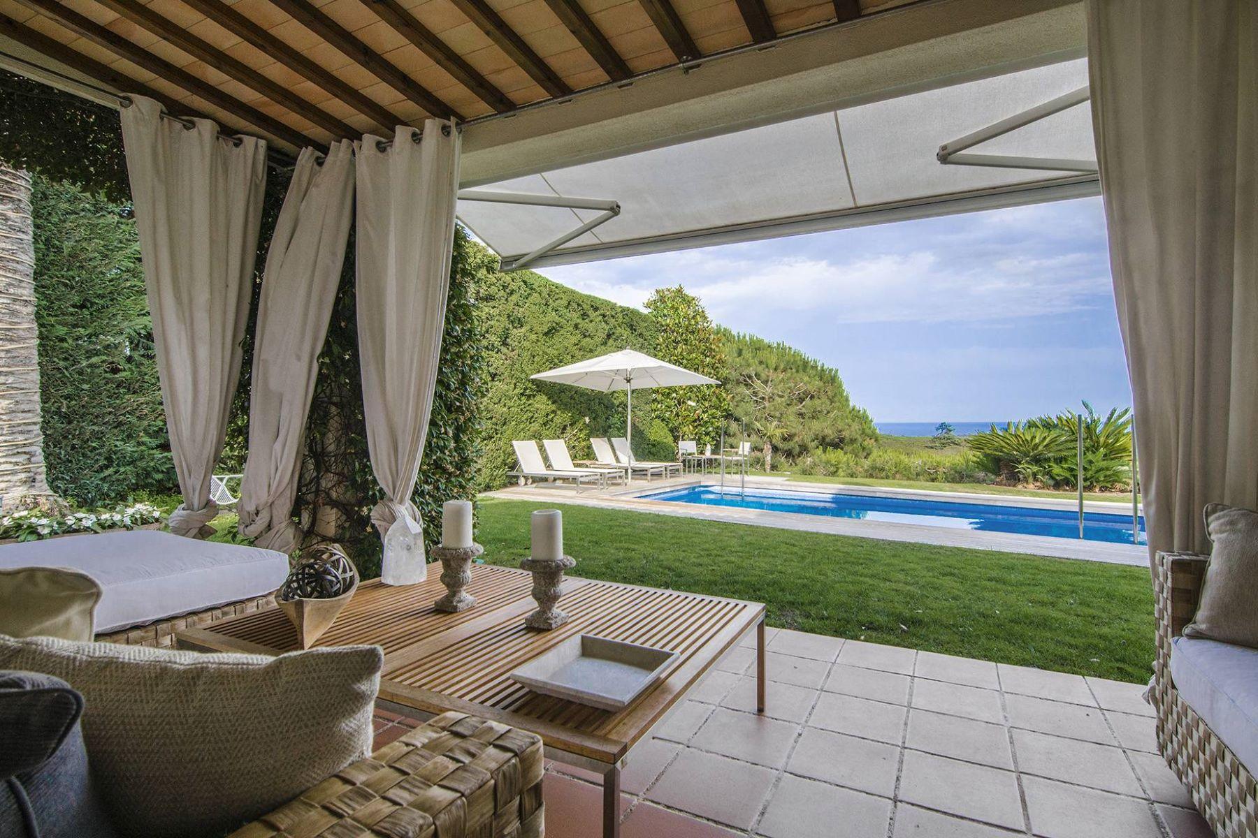 Einfamilienhaus für Verkauf beim A real treat with stunning sea views in Supermaresme Sant Andreu De Llavaneres, Barcelona, 08392 Spanien