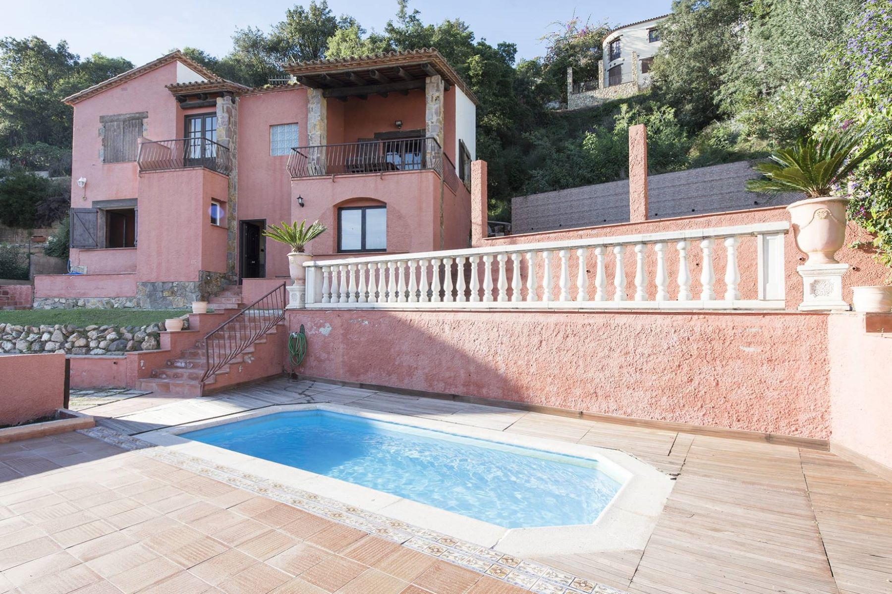 Single Family Home for Sale at House to renovate with sea and countryside views Sant Antoni De Calonge, Costa Brava, 17252 Spain