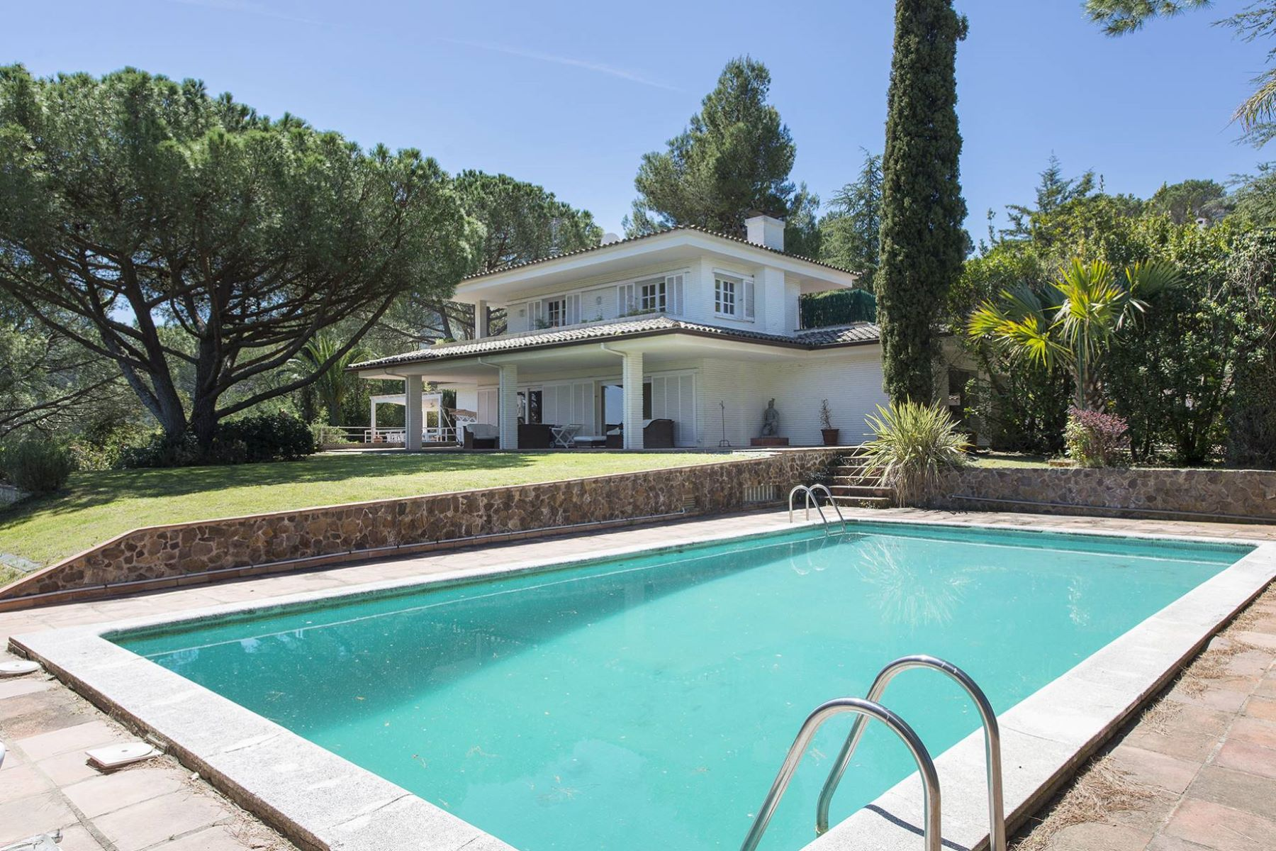 Single Family Home for Sale at Casa con vistas a la montaña y al mar en el Golf de Santa Cristina Santa Cristina D Aro, Costa Brava, 17246 Spain