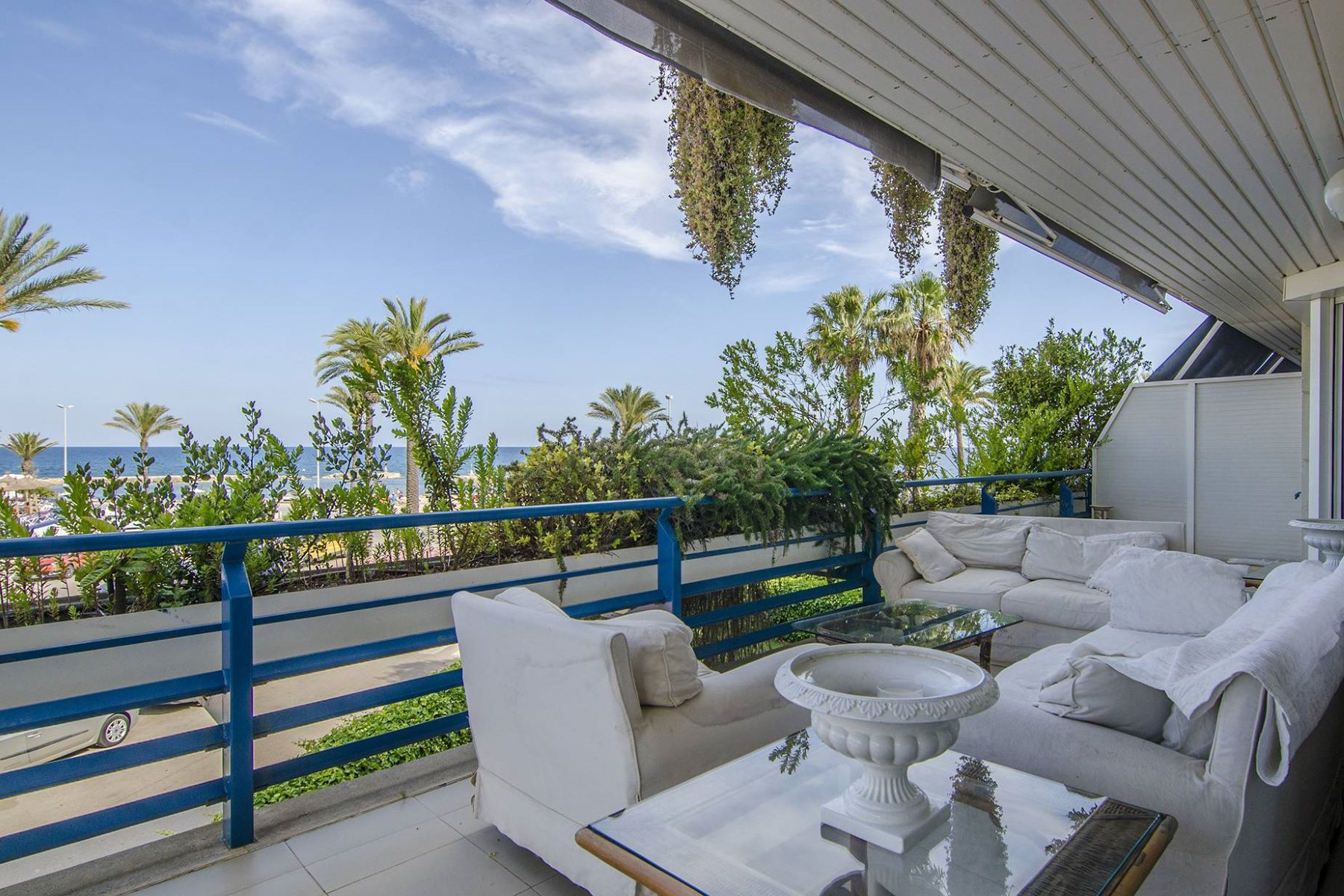 アパート のために 売買 アット Exclusive Beachfront Property in Terramar Sitges, Barcelona, 08870 スペイン