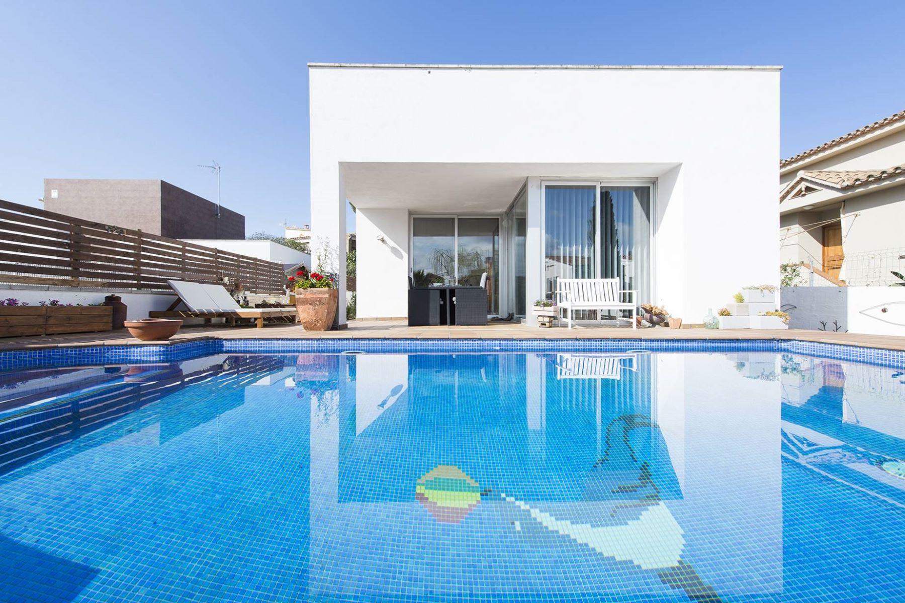 Casa Unifamiliar por un Venta en Nice house in L'Escala near the beach L Escala, Costa Brava, 17130 España